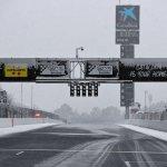 Снегът провали и предсезонната подготовка във Ф1